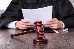 Увольнение в связи с судебным постановлением