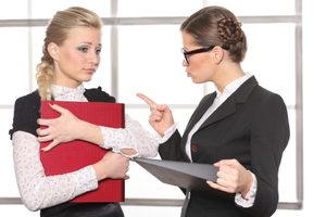 Как уволить молодого специалиста