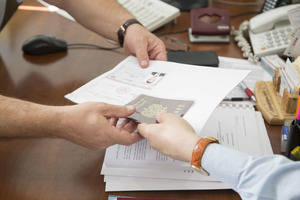Подача документов для получения социальной помощи